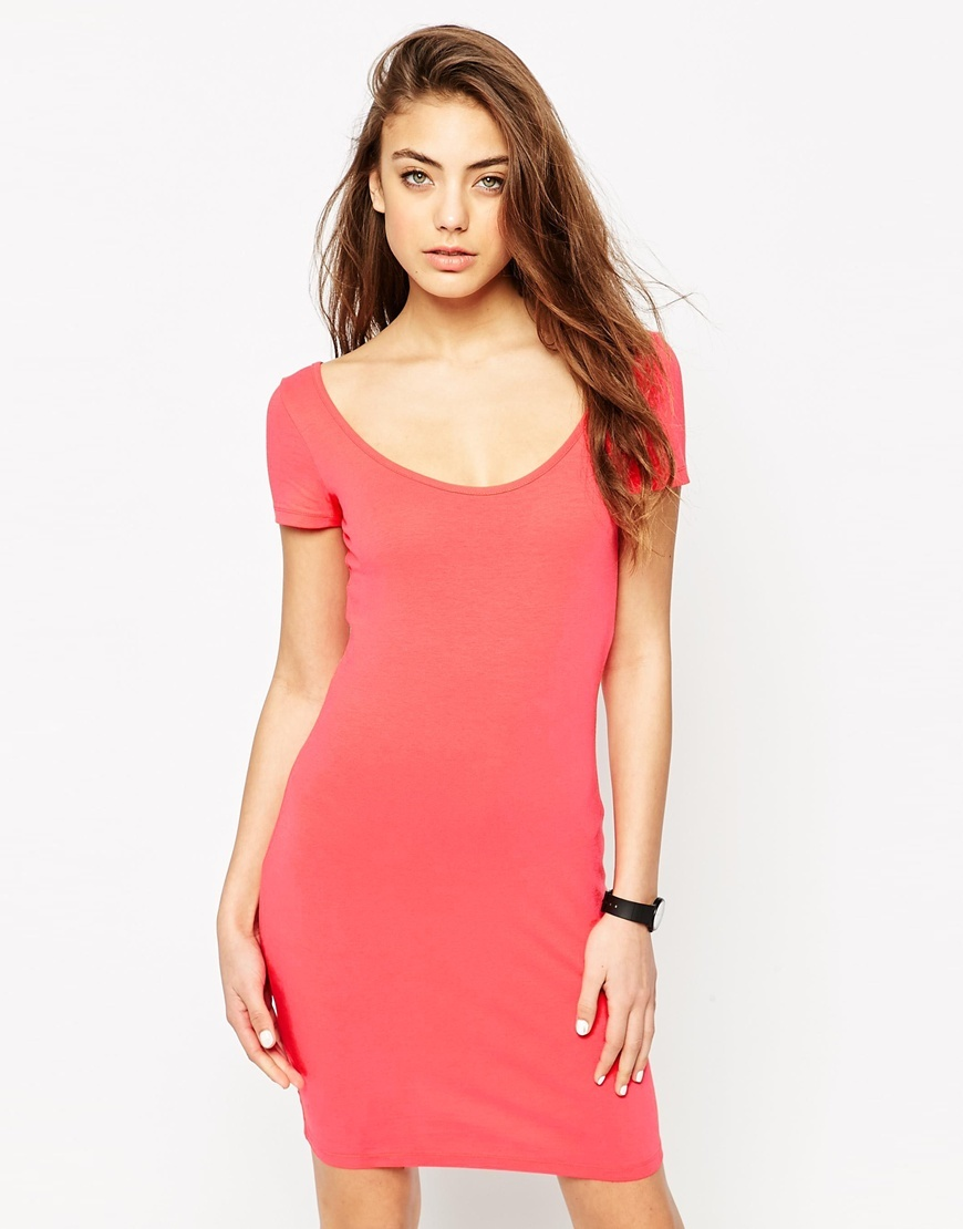 Scoop Front And Back Bodycon Mini Dress Bright Red - fit: tight; pattern: plain; style: bodycon; predominant colour: pink; occasions: casual; length: just above the knee; neckline: scoop; fibres: cotton - stretch; sleeve length: short sleeve; sleeve style: standard; texture group: jersey - clingy; pattern type: fabric; season: s/s 2016