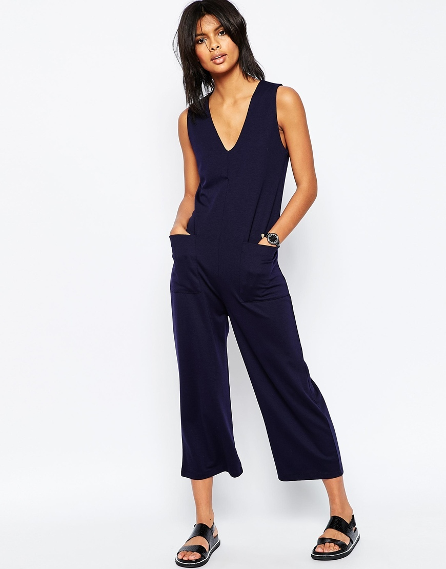 Minimal Jersey Jumpsuit With V Neck And Wide Leg Navy - neckline: low v-neck; sleeve style: standard vest straps/shoulder straps; fit: tailored/fitted; pattern: plain; predominant colour: navy; occasions: casual, holiday; length: calf length; fibres: polyester/polyamide - stretch; sleeve length: sleeveless; style: jumpsuit; pattern type: fabric; texture group: jersey - stretchy/drapey; season: s/s 2016