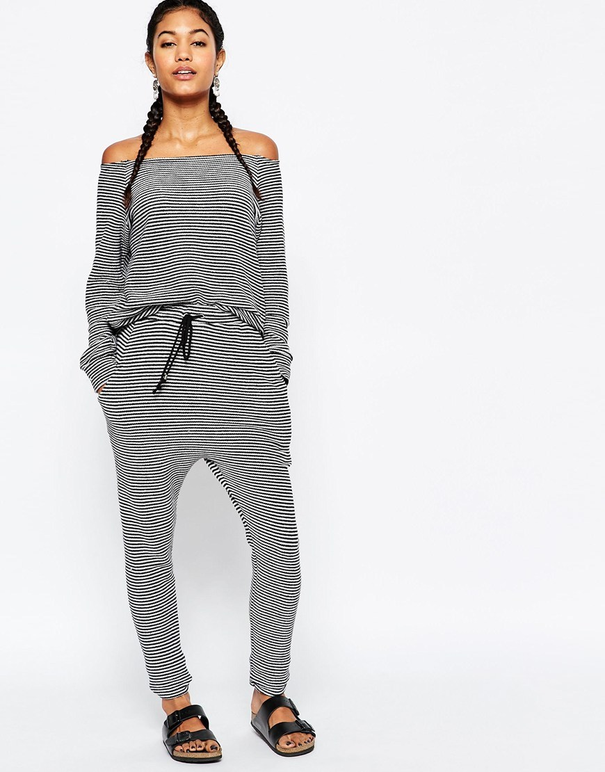 Voyager Drawstring Pant Black White - length: standard; pattern: plain; style: tracksuit pants; waist detail: belted waist/tie at waist/drawstring; waist: mid/regular rise; predominant colour: light grey; occasions: casual; fit: tapered; pattern type: fabric; texture group: jersey - stretchy/drapey; fibres: viscose/rayon - mix; season: s/s 2016; wardrobe: basic