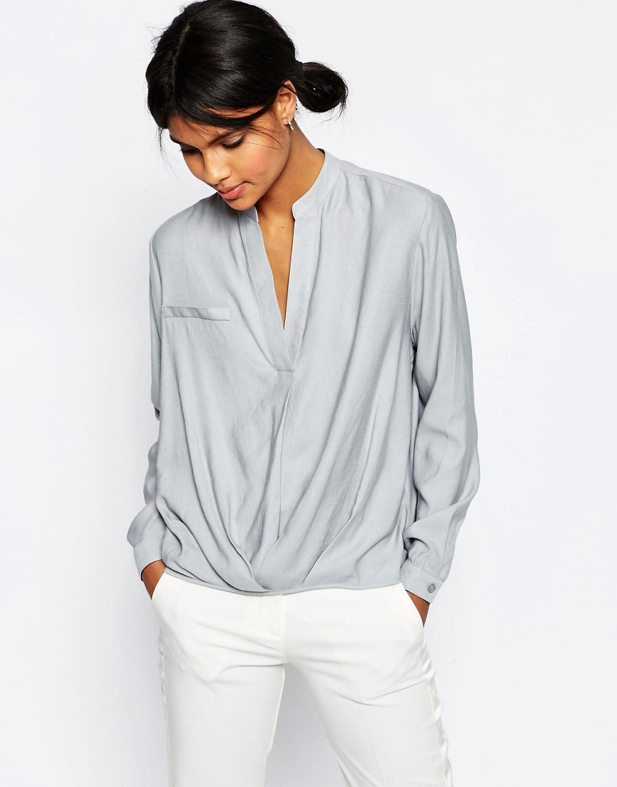 Casual Tuck Detail Blouse In Linen Mix Grey - pattern: plain; style: blouse; predominant colour: light grey; occasions: casual; length: standard; neckline: collarstand & mandarin with v-neck; fibres: linen - mix; fit: body skimming; sleeve length: long sleeve; sleeve style: standard; texture group: linen; pattern type: fabric; season: s/s 2016; wardrobe: basic
