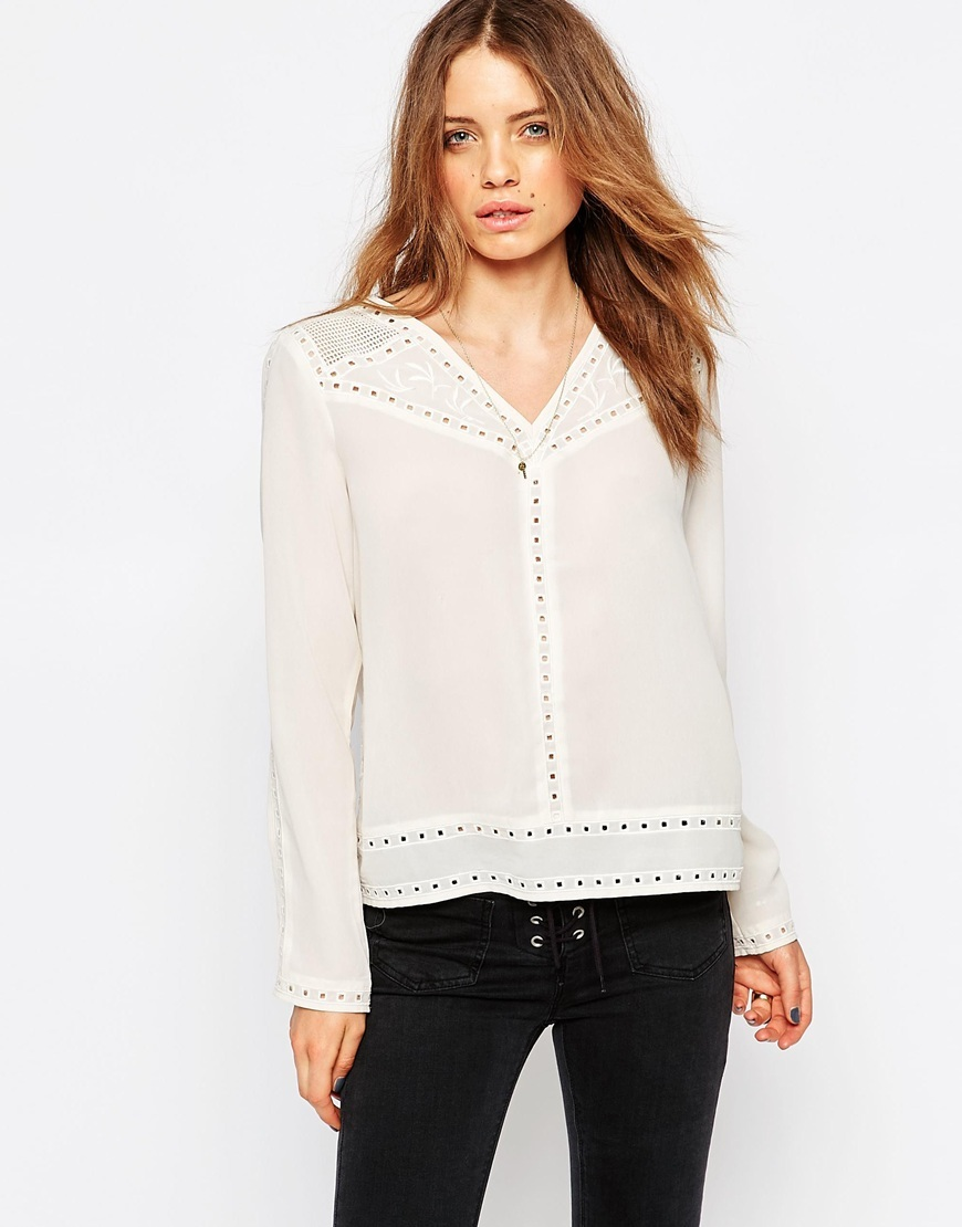 Broderie Anglaise Blouse Wh1 - neckline: v-neck; pattern: plain; style: blouse; predominant colour: ivory/cream; occasions: work, creative work; length: standard; fibres: viscose/rayon - 100%; fit: straight cut; sleeve length: long sleeve; sleeve style: standard; texture group: sheer fabrics/chiffon/organza etc.; pattern type: fabric; season: s/s 2016; wardrobe: basic