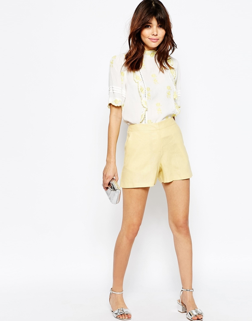Tailored A Line Short In Linen Lemon - pattern: plain; waist: high rise; predominant colour: primrose yellow; occasions: casual, holiday, creative work; fibres: linen - 100%; texture group: linen; pattern type: fabric; season: s/s 2016; style: shorts; length: short shorts; fit: slim leg; wardrobe: highlight