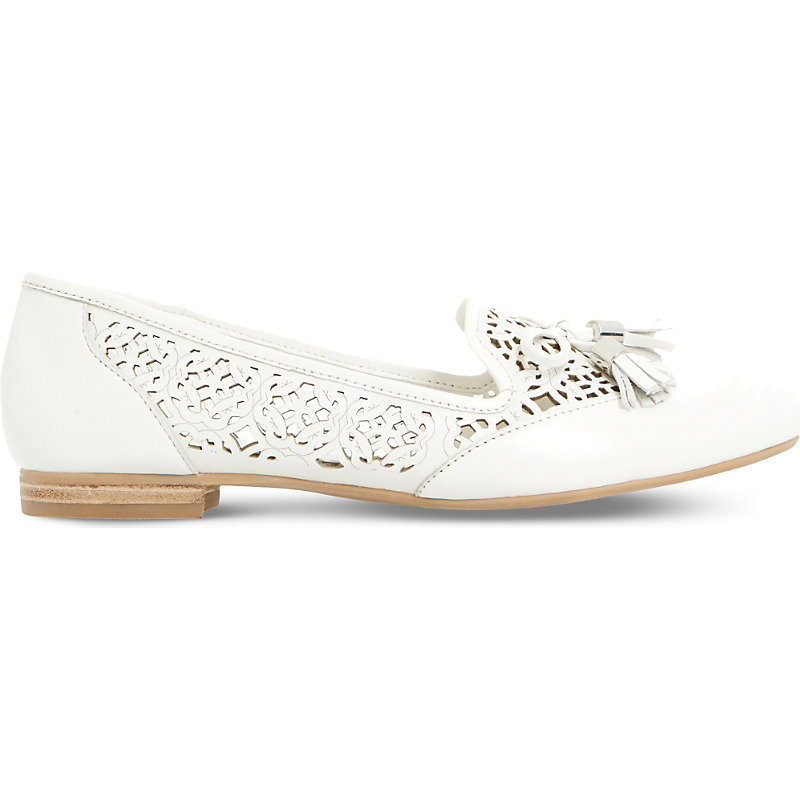 Luvlie Leather Loafers, Women's, Eur 36 / 3 Uk Women, White Leather - predominant colour: white; occasions: casual, creative work; material: leather; heel height: flat; embellishment: tassels; toe: round toe; style: loafers; finish: plain; pattern: plain; season: s/s 2016; wardrobe: basic