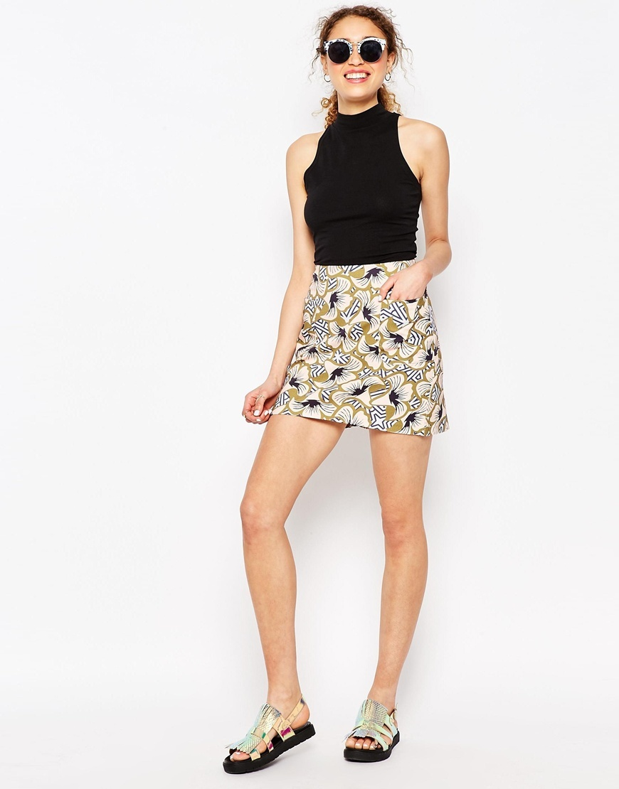 X Chichia Mini Skirt In Geo Floral Print Multi - length: mini; fit: body skimming; waist: high rise; secondary colour: navy; predominant colour: nude; occasions: casual; style: a-line; fibres: cotton - 100%; pattern type: fabric; pattern: patterned/print; texture group: jersey - stretchy/drapey; pattern size: standard (bottom); season: s/s 2016; wardrobe: highlight