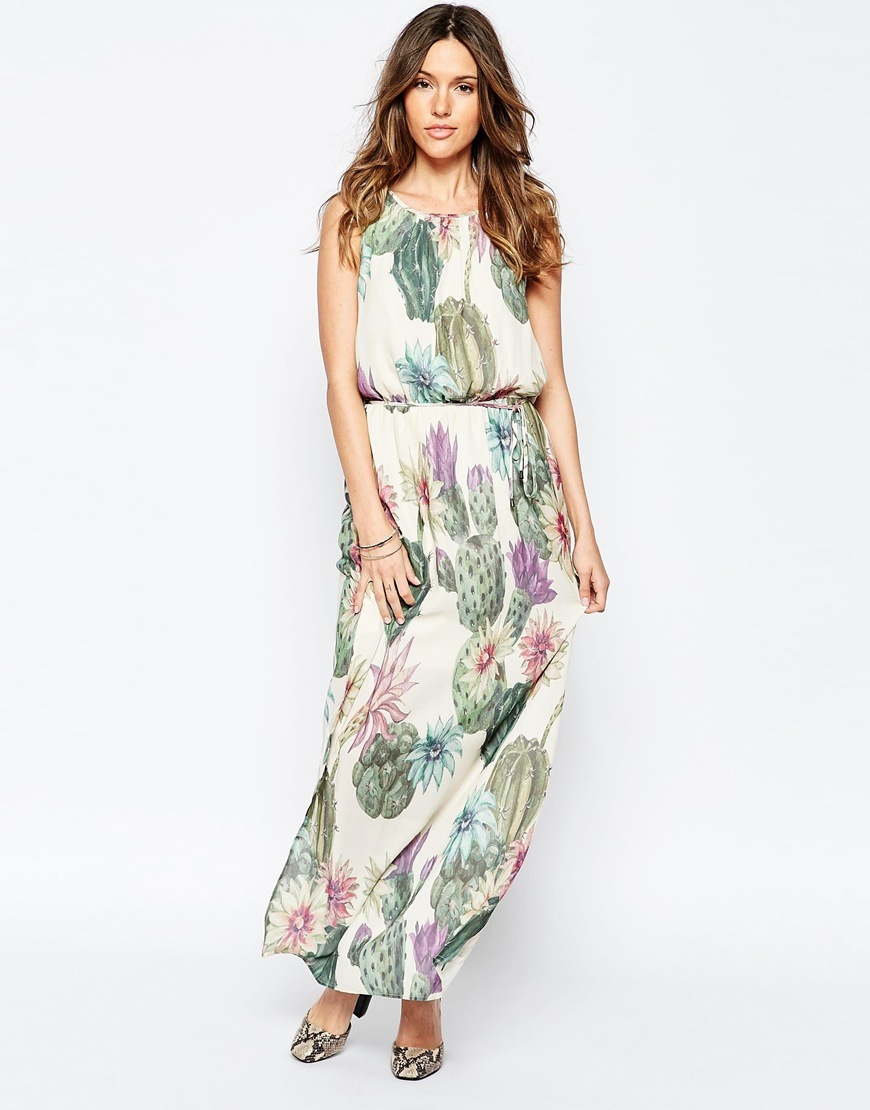 Garden Floral Maxi Dress Whisper White - sleeve style: sleeveless; style: maxi dress; length: ankle length; predominant colour: white; secondary colour: khaki; occasions: evening; fit: body skimming; fibres: polyester/polyamide - 100%; neckline: crew; sleeve length: sleeveless; pattern type: fabric; pattern: florals; texture group: other - light to midweight; multicoloured: multicoloured; season: s/s 2016; wardrobe: event