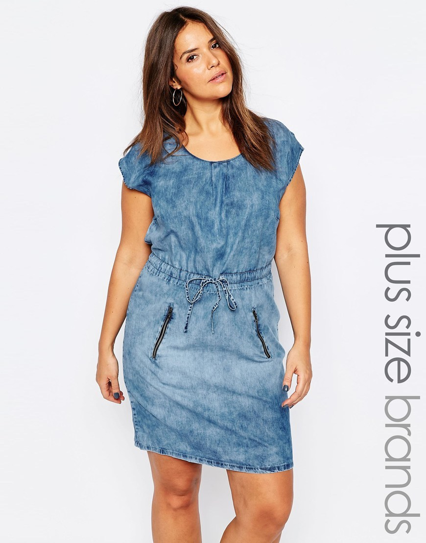 Acid Wash Denim Dress Blue - style: shift; length: mid thigh; sleeve style: capped; pattern: plain; waist detail: belted waist/tie at waist/drawstring; predominant colour: denim; occasions: casual; fit: body skimming; fibres: cotton - 100%; neckline: crew; sleeve length: short sleeve; texture group: denim; pattern type: fabric; season: s/s 2016; wardrobe: basic