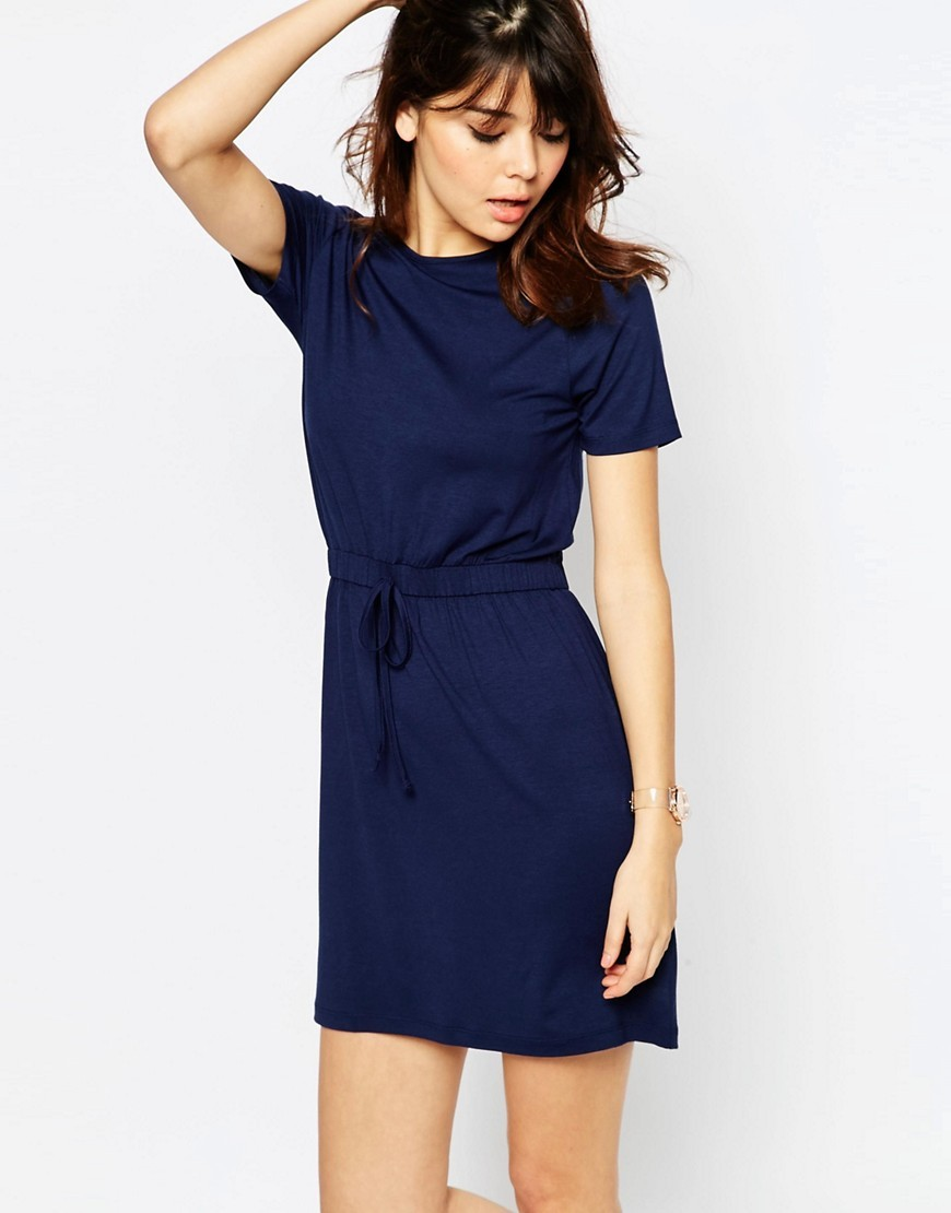 Drawstring Waist T Shirt Dress Navy - style: t-shirt; length: mid thigh; pattern: plain; waist detail: belted waist/tie at waist/drawstring; predominant colour: navy; occasions: casual; fit: body skimming; fibres: cotton - stretch; neckline: crew; sleeve length: short sleeve; sleeve style: standard; pattern type: fabric; texture group: jersey - stretchy/drapey; season: s/s 2016; wardrobe: basic