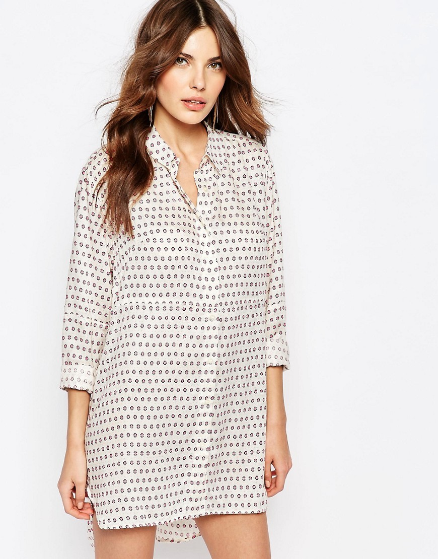 Oversized Shirt Dress In Bacongo Dot Print Daisy White - style: shirt; length: mid thigh; neckline: shirt collar/peter pan/zip with opening; fit: loose; pattern: polka dot; predominant colour: white; secondary colour: mid grey; occasions: casual; fibres: viscose/rayon - 100%; sleeve length: half sleeve; sleeve style: standard; pattern type: fabric; texture group: other - light to midweight; season: s/s 2016