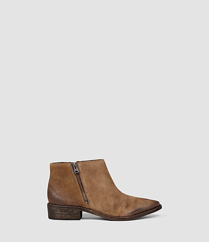 Yuree Mid Boot - predominant colour: tan; occasions: casual; material: suede; heel height: flat; heel: standard; toe: pointed toe; boot length: ankle boot; style: standard; finish: plain; pattern: plain; season: s/s 2016; wardrobe: highlight