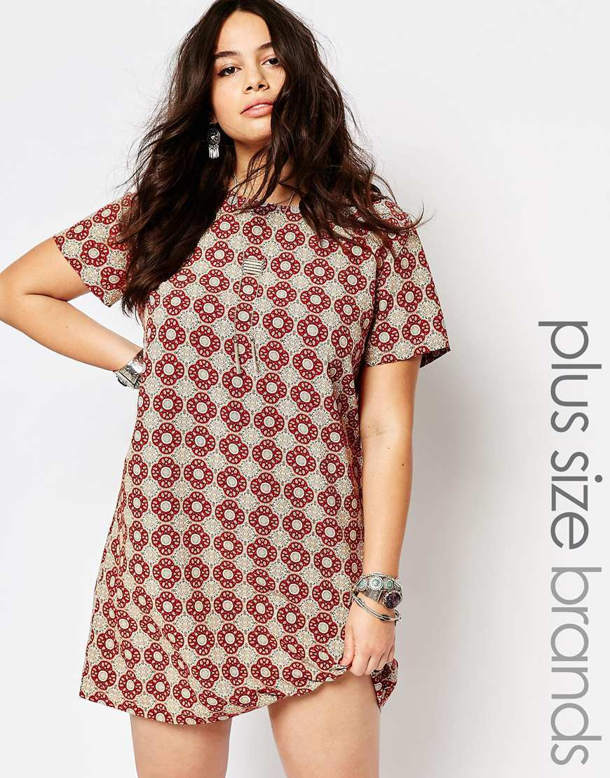 Tile Print Cap Sleeve Shift Dress Multi - style: shift; secondary colour: burgundy; predominant colour: mid grey; occasions: casual, creative work; length: just above the knee; fit: soft a-line; fibres: polyester/polyamide - 100%; neckline: crew; sleeve length: short sleeve; sleeve style: standard; texture group: crepes; pattern type: fabric; pattern size: standard; pattern: patterned/print; season: s/s 2016; wardrobe: highlight