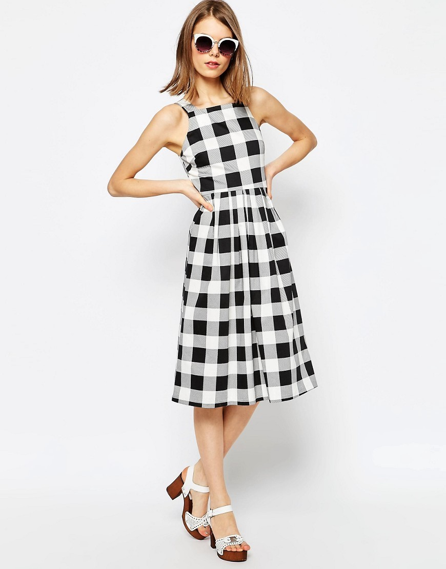 Structured Midi Dress In Gingham Print Multi - length: below the knee; sleeve style: sleeveless; pattern: checked/gingham; secondary colour: white; predominant colour: black; occasions: evening; fit: fitted at waist & bust; style: fit & flare; fibres: cotton - stretch; neckline: crew; sleeve length: sleeveless; pattern type: fabric; texture group: other - light to midweight; season: s/s 2016; wardrobe: event