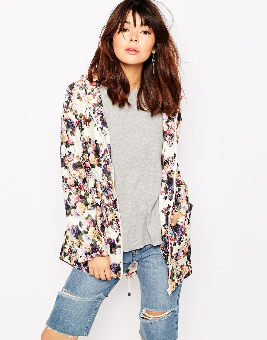 Floral Mac Cream Floral - length: standard; style: mac; collar: high neck; predominant colour: ivory/cream; occasions: casual; fit: tailored/fitted; fibres: polyester/polyamide - 100%; sleeve length: long sleeve; sleeve style: standard; texture group: technical outdoor fabrics; collar break: high; pattern type: knitted - fine stitch; pattern: florals; pattern size: big & busy (top); multicoloured: multicoloured; season: s/s 2016; wardrobe: highlight