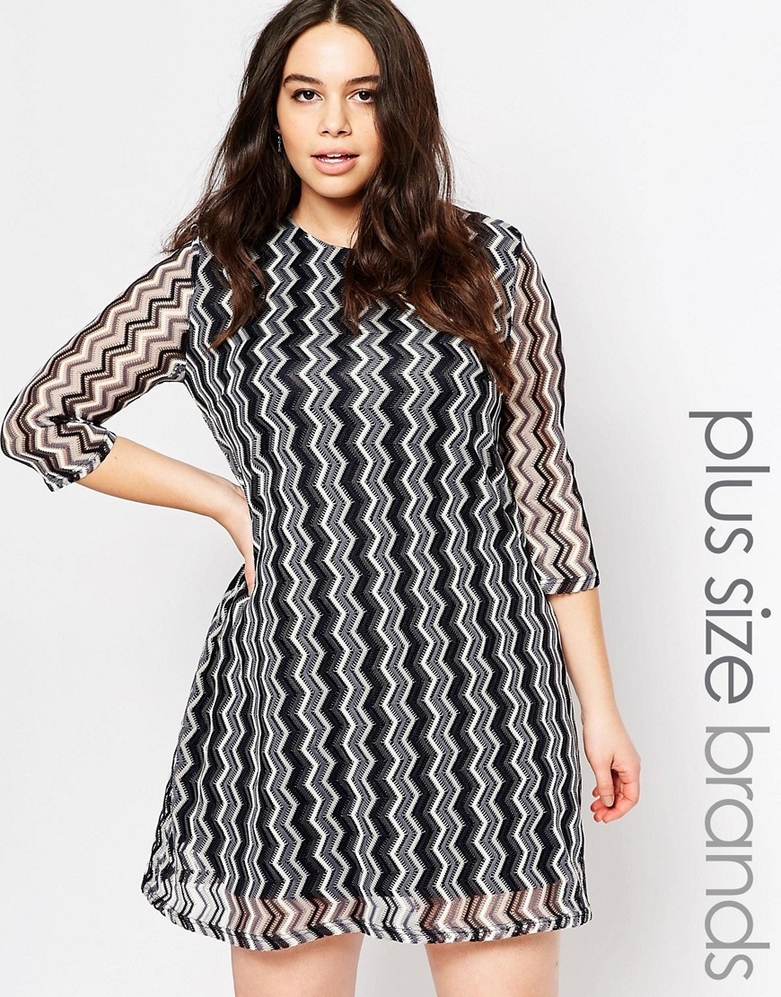 Plus Swing Dress In Zig Zag Fabric Black / White Knit - style: shift; length: mid thigh; secondary colour: white; predominant colour: black; occasions: evening; fit: soft a-line; fibres: polyester/polyamide - 100%; neckline: crew; sleeve length: 3/4 length; sleeve style: standard; texture group: sheer fabrics/chiffon/organza etc.; pattern type: fabric; pattern: patterned/print; season: s/s 2016; wardrobe: event