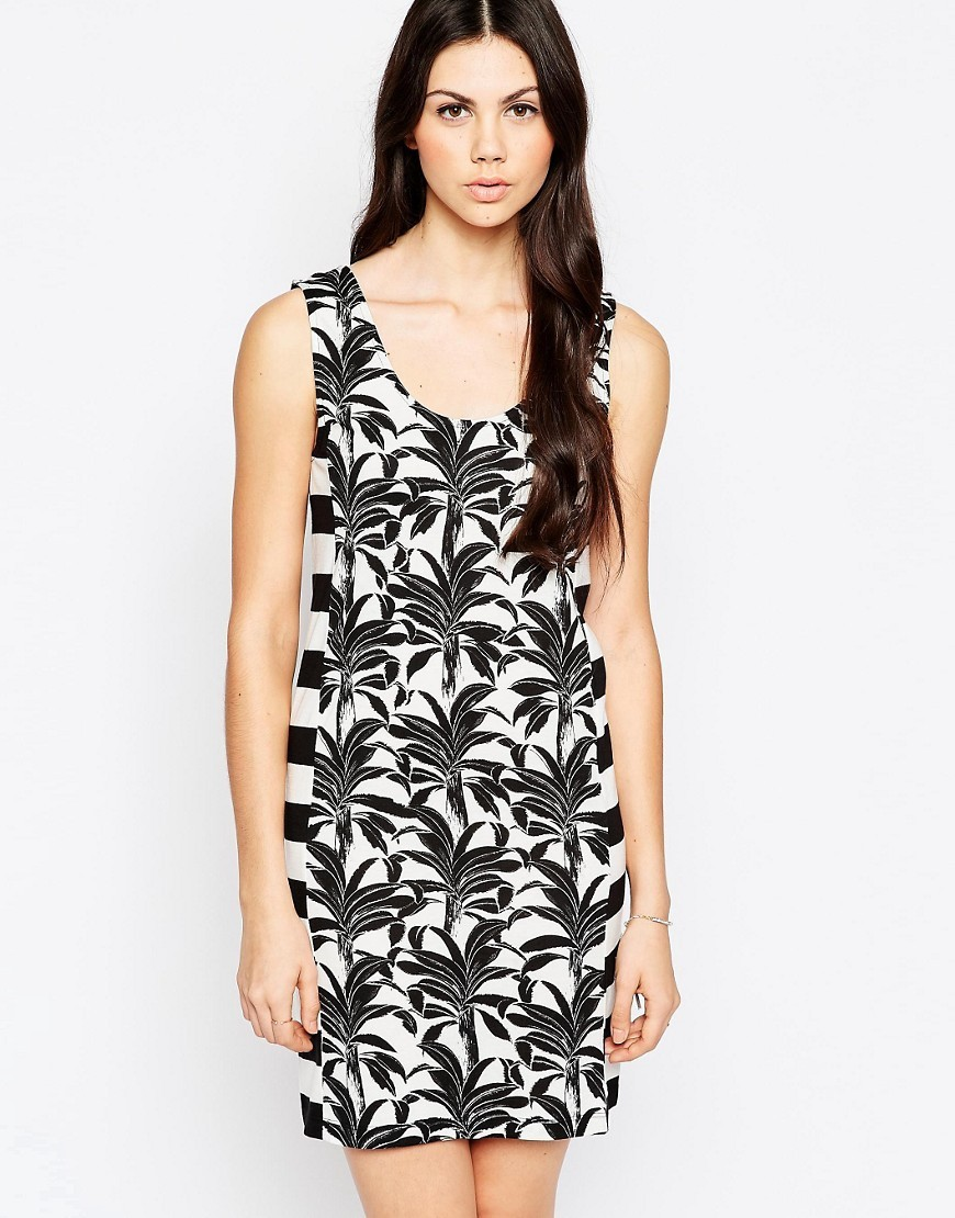 T Shirt Dress In Palm And Stripe Print Black And White - length: mid thigh; sleeve style: sleeveless; style: bodycon; predominant colour: white; secondary colour: black; occasions: evening; fit: body skimming; neckline: scoop; fibres: polyester/polyamide - 100%; sleeve length: sleeveless; trends: monochrome; pattern type: fabric; pattern: patterned/print; texture group: other - light to midweight; season: s/s 2016