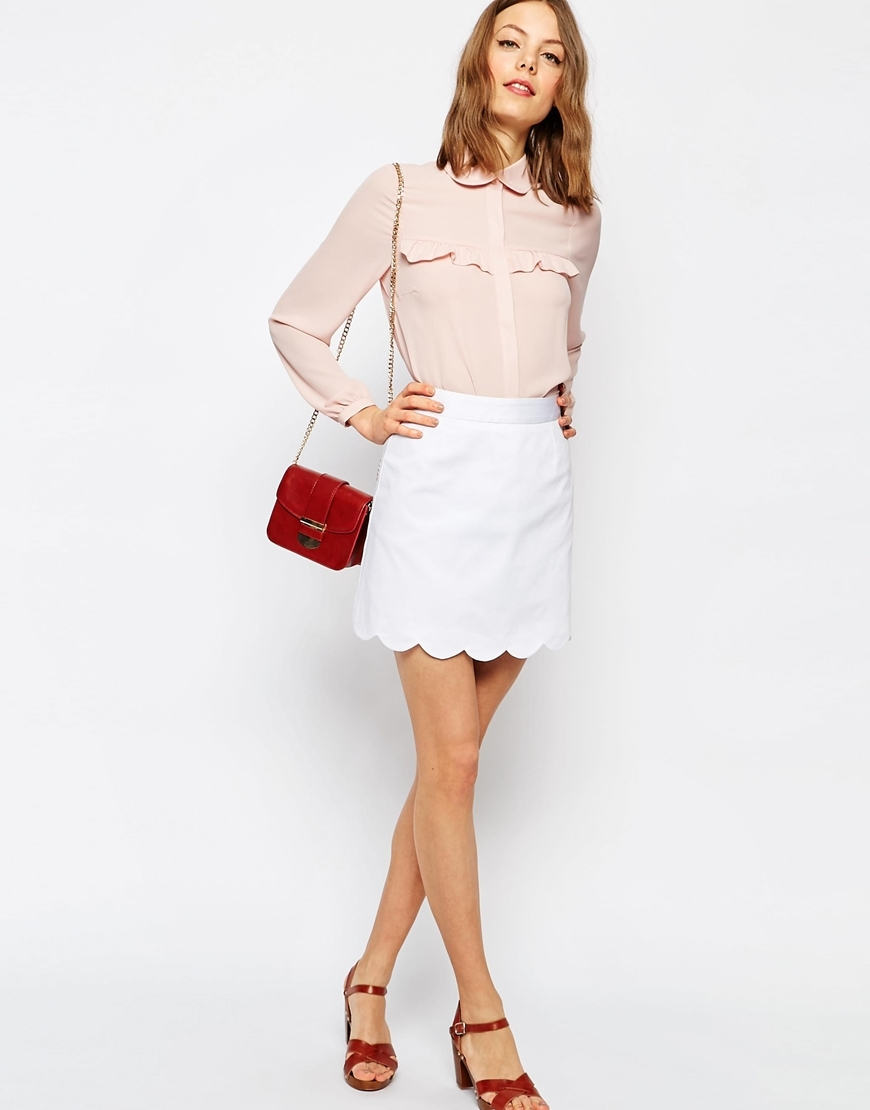 A Line Mini Skirt With Scallop Hem White - length: mid thigh; pattern: plain; fit: tailored/fitted; waist: high rise; predominant colour: white; occasions: evening; style: mini skirt; fibres: polyester/polyamide - 100%; waist detail: narrow waistband; texture group: crepes; pattern type: fabric; season: s/s 2016