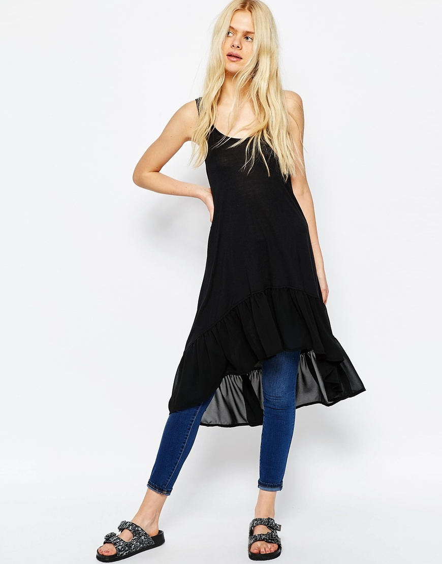 Longline Top With Ruffle Hem Black - sleeve style: spaghetti straps; pattern: plain; style: vest top; predominant colour: black; occasions: casual; neckline: scoop; fibres: viscose/rayon - 100%; fit: body skimming; length: mid thigh; sleeve length: sleeveless; pattern type: fabric; texture group: jersey - stretchy/drapey; season: s/s 2016; wardrobe: basic