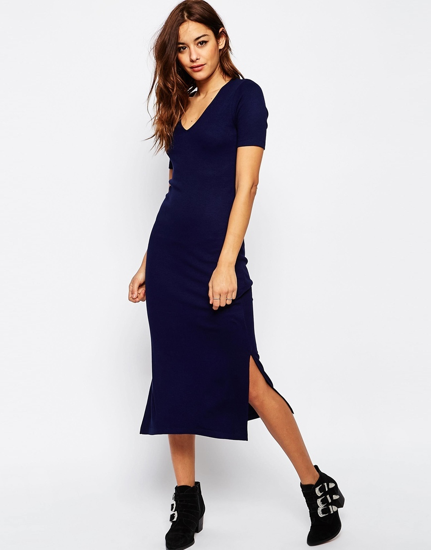 Ribbed T Shirt Midi Dress With V Neck Navy - style: shift; length: below the knee; neckline: v-neck; pattern: plain; predominant colour: black; occasions: evening; fit: body skimming; sleeve length: short sleeve; sleeve style: standard; pattern type: fabric; texture group: jersey - stretchy/drapey; fibres: viscose/rayon - mix; season: s/s 2016; wardrobe: event