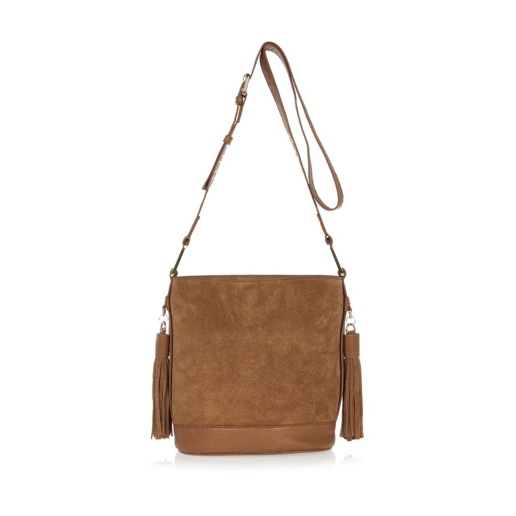 Womens. Ta. Ued. Asse. Ucke. Andbag. - predominant colour: tan; occasions: casual, creative work; type of pattern: standard; style: shoulder; length: shoulder (tucks under arm); size: standard; material: suede; pattern: plain; finish: plain; season: s/s 2016; wardrobe: highlight