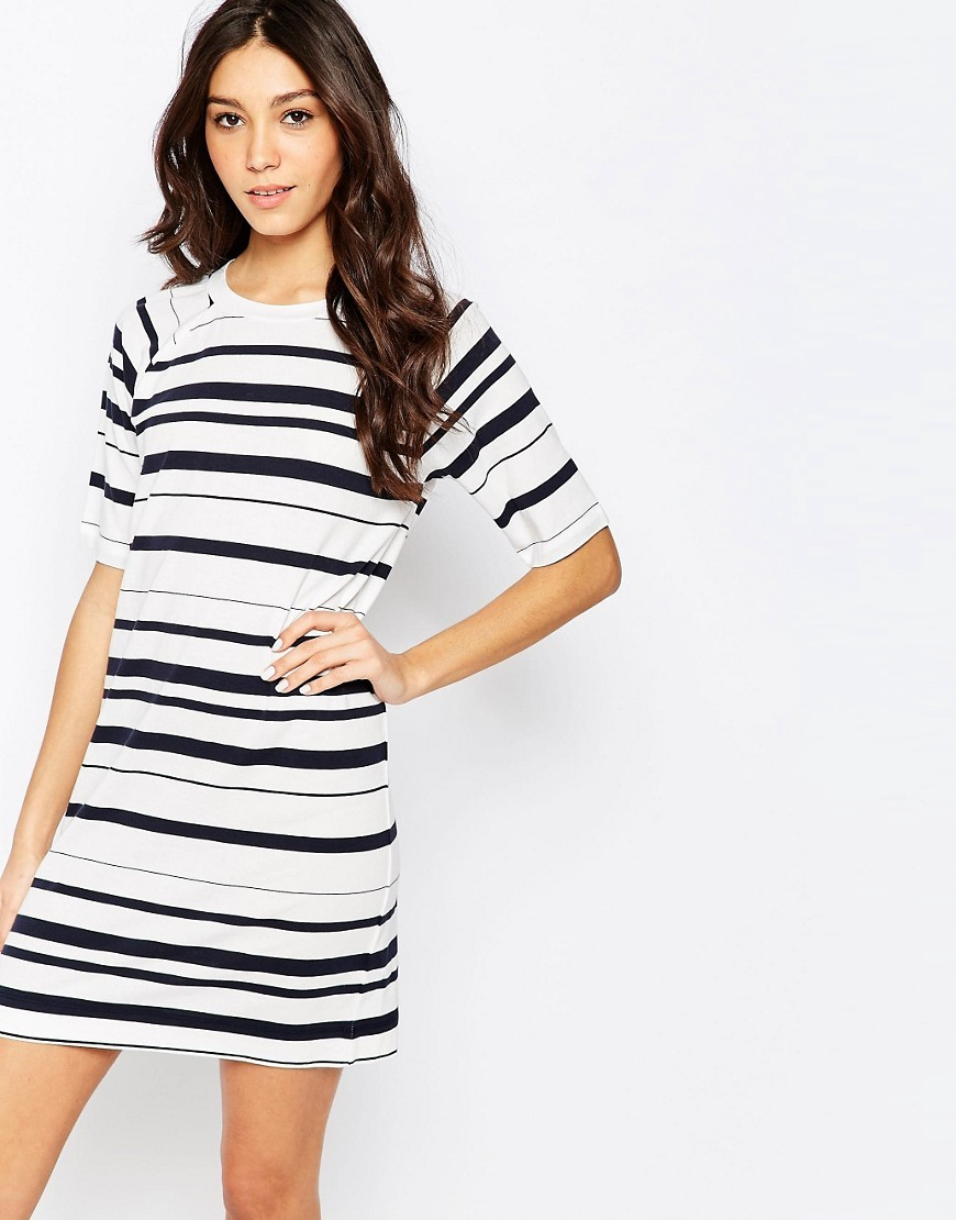 Joshua Stripe Dress White - style: shift; length: mid thigh; pattern: horizontal stripes; predominant colour: white; secondary colour: black; occasions: casual; fit: body skimming; fibres: cotton - stretch; neckline: crew; sleeve length: short sleeve; sleeve style: standard; pattern type: fabric; texture group: jersey - stretchy/drapey; season: s/s 2016