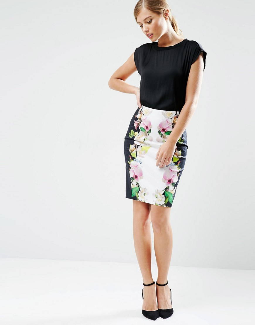 Dayian Pencil Skirt In Mirrored Forget Me Not Print 00 Black - style: pencil; fit: tight; waist: mid/regular rise; predominant colour: white; secondary colour: pink; occasions: evening; length: just above the knee; fibres: cotton - stretch; texture group: jersey - clingy; pattern type: fabric; pattern: florals; multicoloured: multicoloured; season: s/s 2016; wardrobe: event