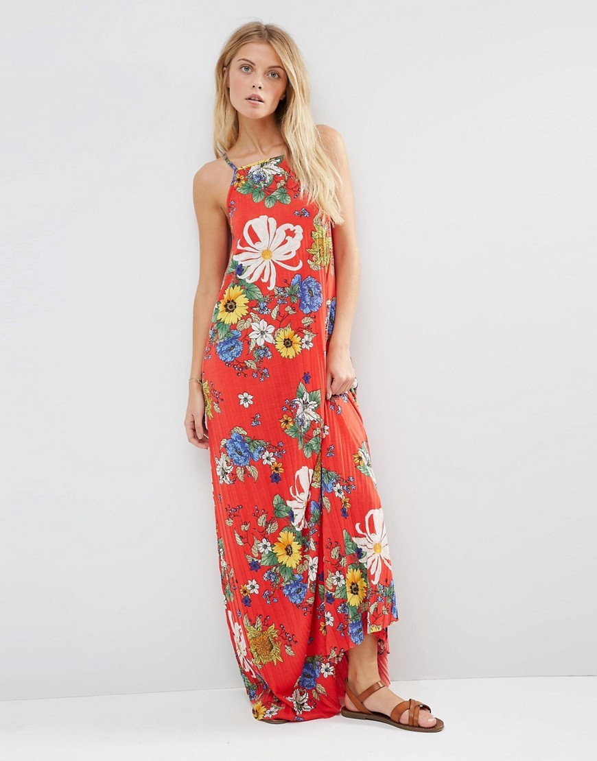 Pleated Cami Maxi Dress Red Floral Print Multi - sleeve style: sleeveless; style: maxi dress; secondary colour: white; predominant colour: true red; occasions: casual; length: floor length; fit: body skimming; fibres: polyester/polyamide - 100%; neckline: crew; sleeve length: sleeveless; pattern type: fabric; pattern: florals; texture group: jersey - stretchy/drapey; multicoloured: multicoloured; season: s/s 2016