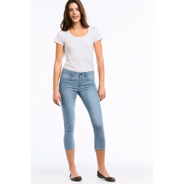 Gunnel Slim Fit Capri Length Jeggings - style: skinny leg; pattern: plain; waist: low rise; pocket detail: traditional 5 pocket; predominant colour: denim; occasions: casual; length: calf length; fibres: cotton - stretch; texture group: denim; pattern type: fabric; season: s/s 2016