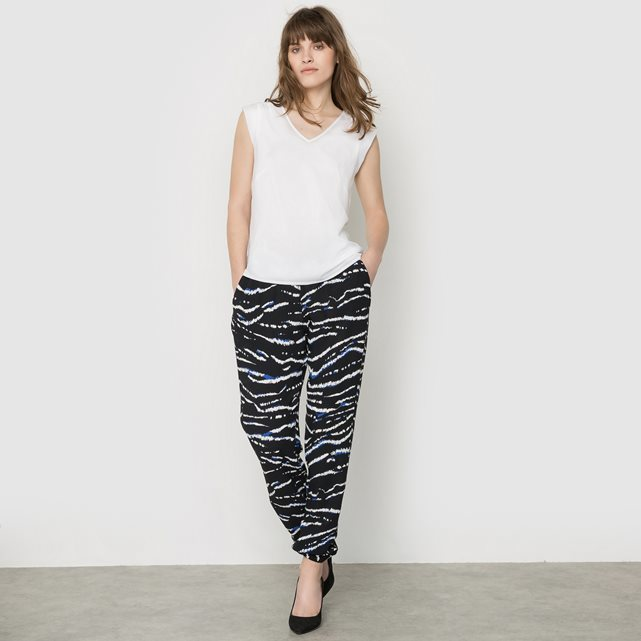 Tapir Wave Printed Trousers - length: standard; waist: mid/regular rise; predominant colour: black; occasions: casual, creative work; fibres: viscose/rayon - 100%; fit: tapered; pattern type: fabric; pattern: patterned/print; texture group: other - light to midweight; style: standard; season: s/s 2016; wardrobe: highlight