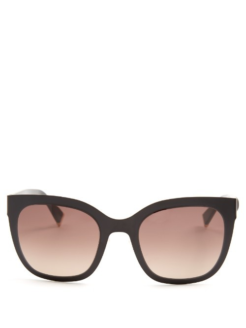Modern D Frame Sunglasses - predominant colour: black; occasions: casual, holiday; style: d frame; size: large; material: plastic/rubber; pattern: plain; finish: plain; season: s/s 2016; wardrobe: basic