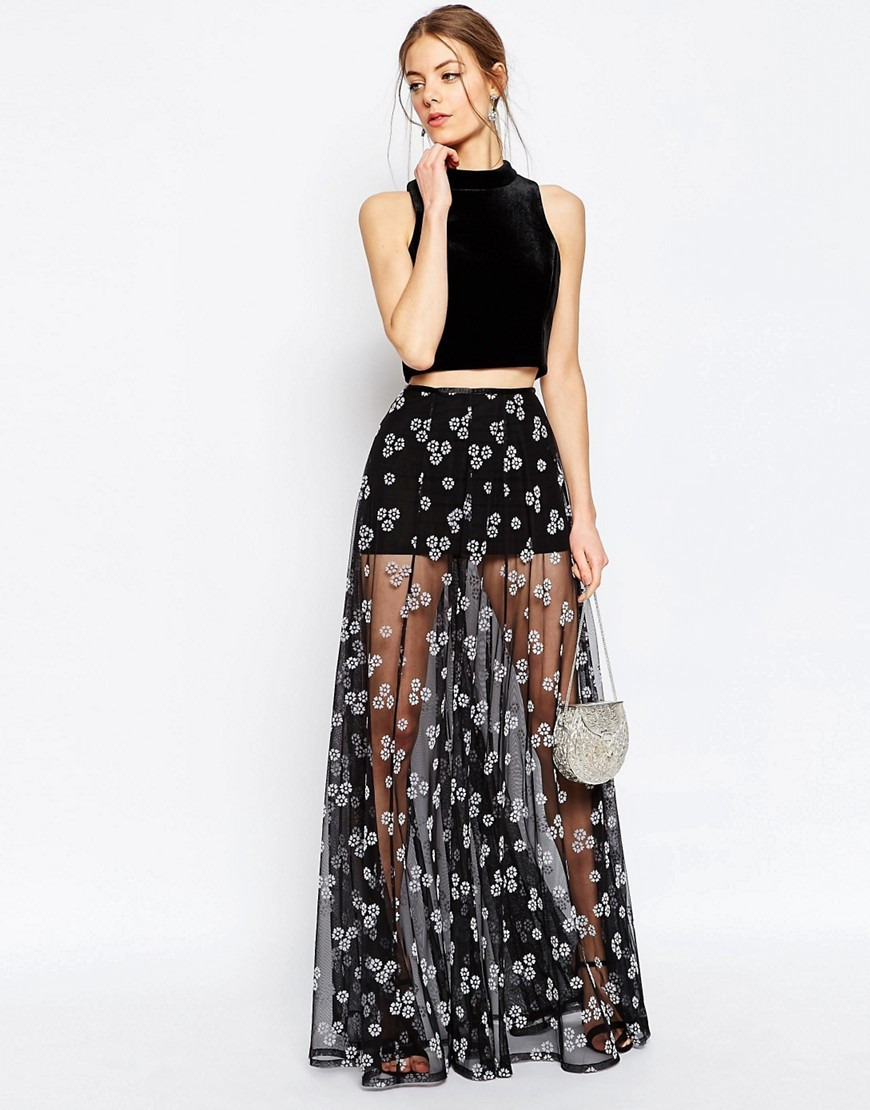 Sheer Maxi Skirt With Flocked Flowers Black - length: ankle length; fit: loose/voluminous; waist: high rise; predominant colour: black; occasions: evening; style: maxi skirt; fibres: polyester/polyamide - 100%; hip detail: subtle/flattering hip detail; texture group: sheer fabrics/chiffon/organza etc.; pattern type: fabric; pattern: florals; pattern size: big & busy (bottom); season: s/s 2016; wardrobe: event