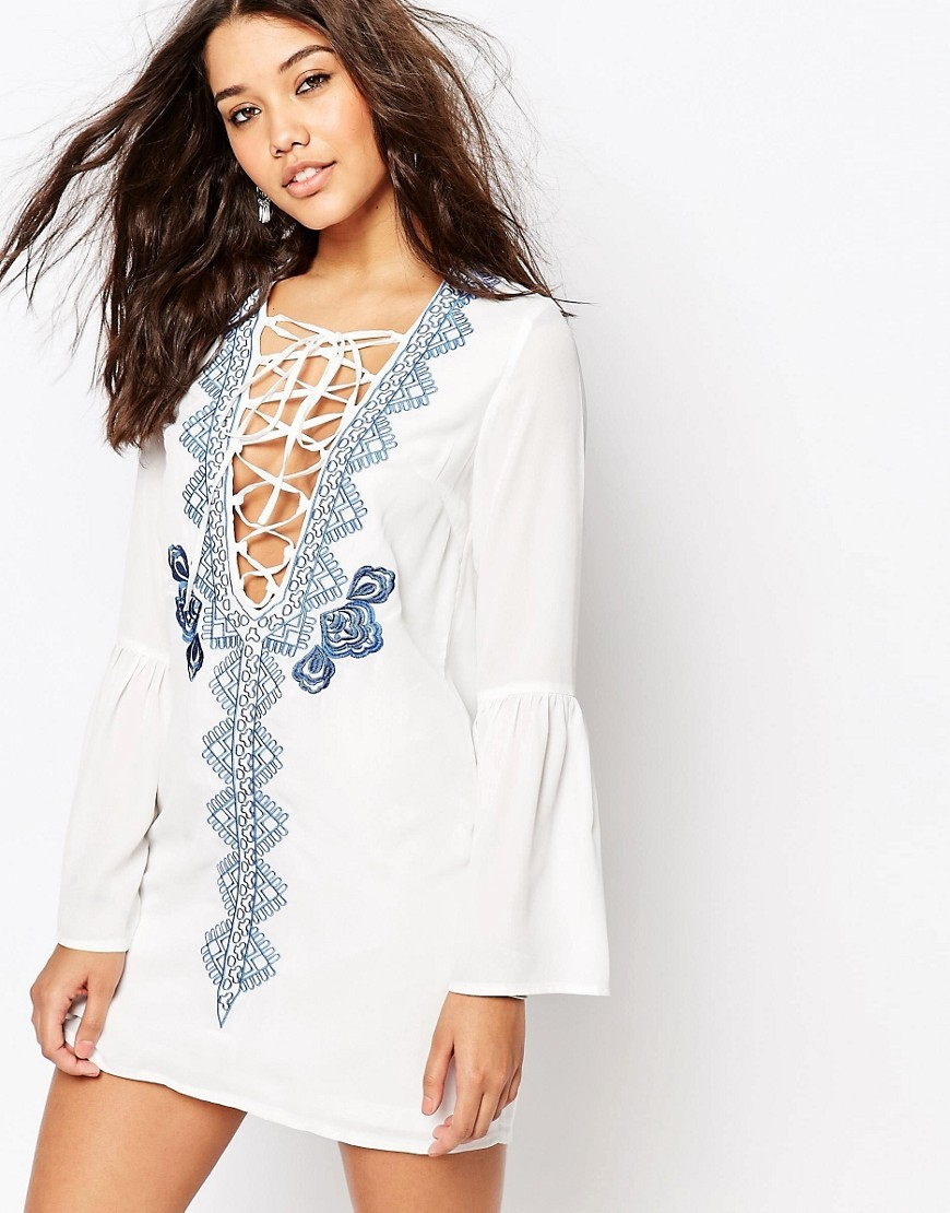 Long Sleeve Lace Up Embroidered Dress White - style: shift; length: mini; neckline: plunge; sleeve style: bell sleeve; predominant colour: white; secondary colour: denim; occasions: casual; fit: body skimming; fibres: viscose/rayon - 100%; sleeve length: long sleeve; texture group: cotton feel fabrics; pattern type: fabric; pattern: patterned/print; embellishment: embroidered; multicoloured: multicoloured; season: s/s 2016; wardrobe: highlight; embellishment location: bust