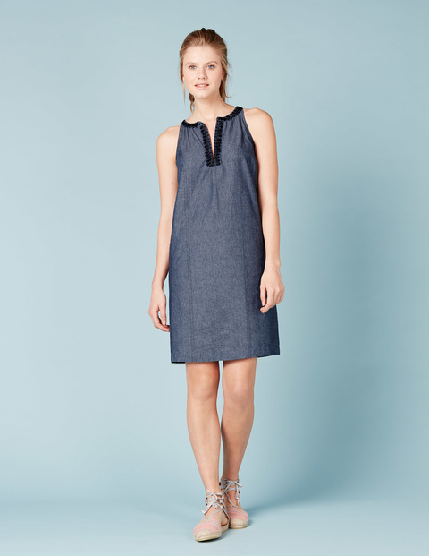Aimee Sun Dress Chambray W/Navy Women, Chambray W/Navy - style: shift; neckline: v-neck; pattern: plain; sleeve style: sleeveless; predominant colour: denim; occasions: casual; length: just above the knee; fit: body skimming; fibres: cotton - 100%; sleeve length: sleeveless; pattern type: fabric; texture group: woven light midweight; season: s/s 2016