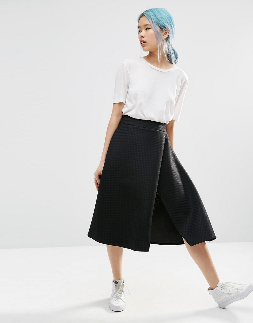 Textured Split Midi Skirt Black - length: below the knee; pattern: plain; fit: loose/voluminous; waist: high rise; predominant colour: black; style: a-line; fibres: polyester/polyamide - stretch; pattern type: fabric; texture group: other - light to midweight; occasions: creative work; season: s/s 2016; wardrobe: basic
