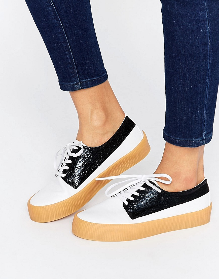 Drummer Lace Up Trainers Mono - predominant colour: white; secondary colour: navy; occasions: casual, creative work; material: leather; heel height: flat; toe: round toe; finish: plain; pattern: colourblock; style: lace ups; shoe detail: moulded soul; season: s/s 2016; wardrobe: highlight