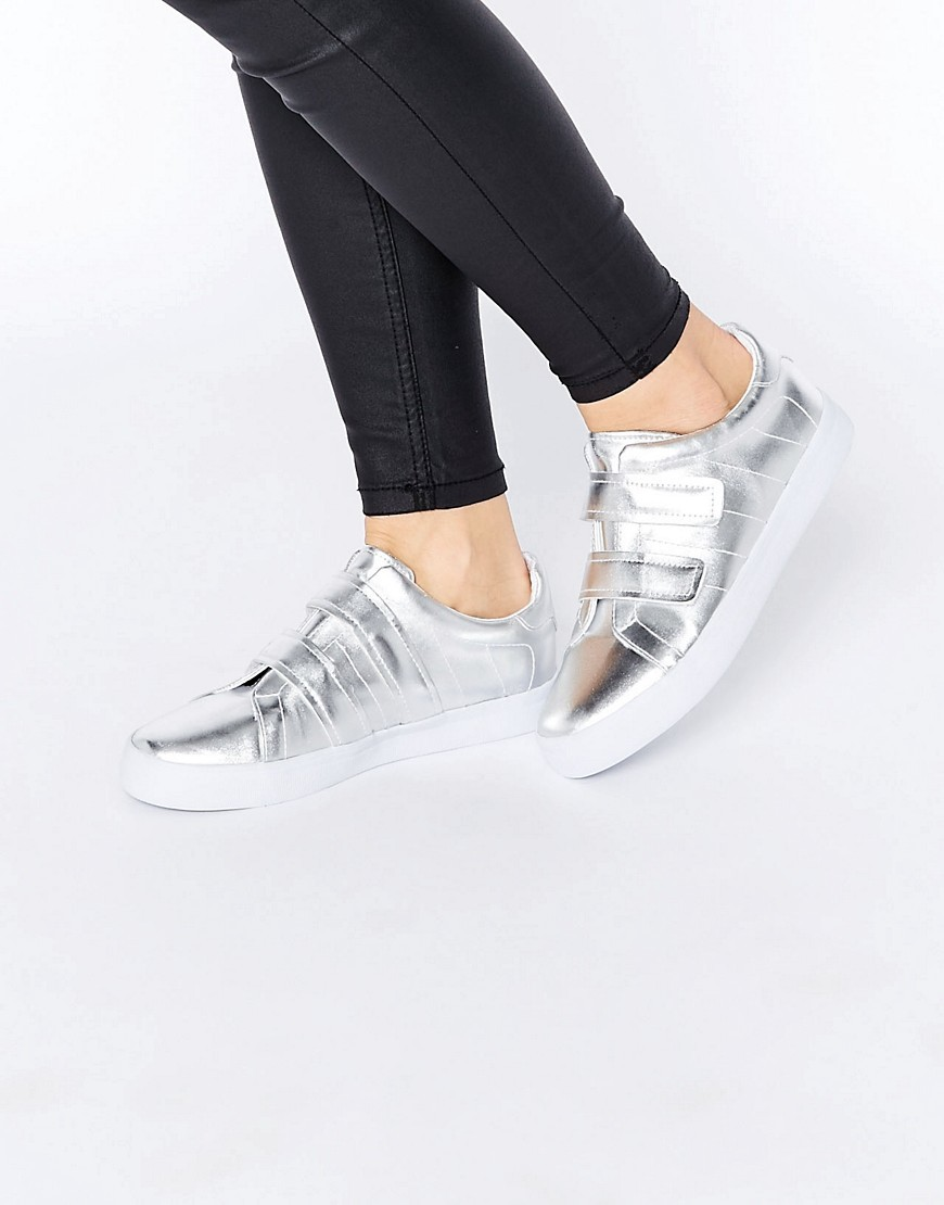Darko Trainers Silver - predominant colour: silver; occasions: casual, creative work; material: faux leather; heel height: flat; toe: round toe; style: trainers; finish: metallic; pattern: plain; shoe detail: moulded soul; season: s/s 2016; wardrobe: highlight
