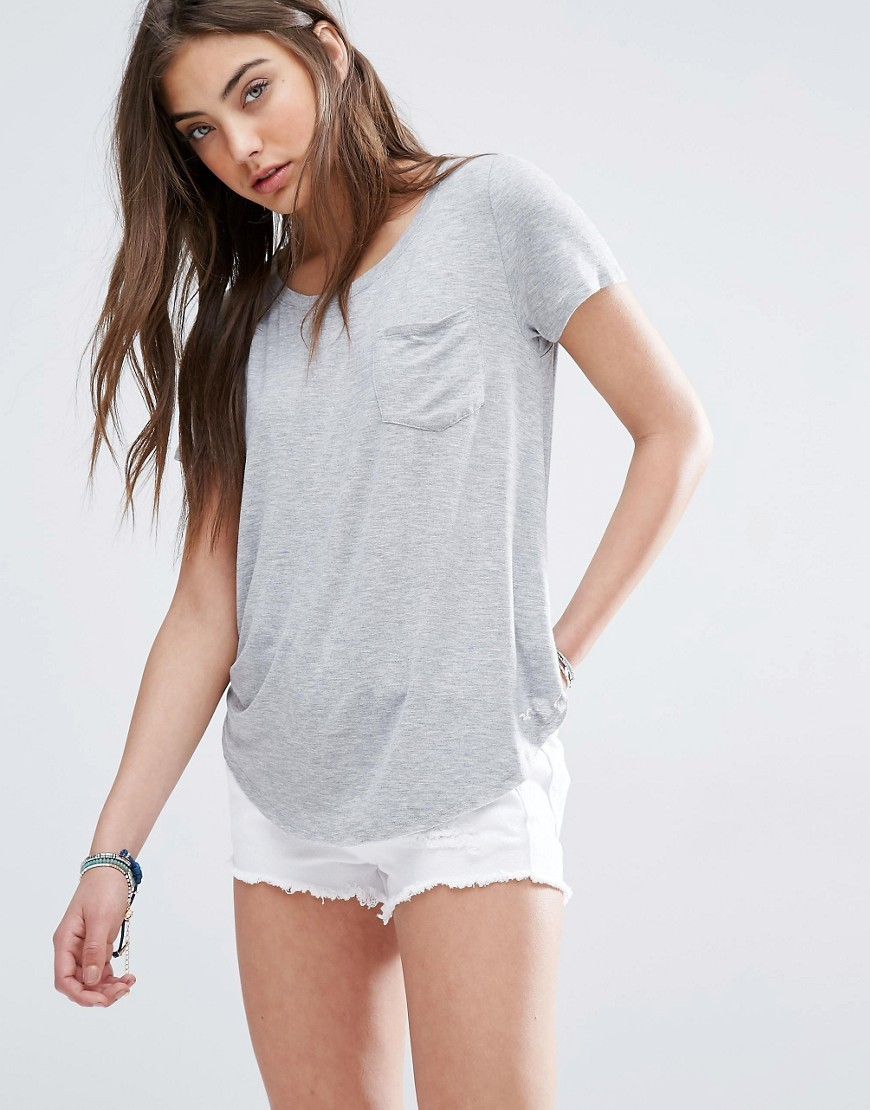 Drapey Easy Pocket T Shirt Grey Cc122 - pattern: plain; style: t-shirt; predominant colour: light grey; occasions: casual, creative work; length: standard; fibres: viscose/rayon - stretch; fit: empire; neckline: crew; sleeve length: short sleeve; sleeve style: standard; pattern type: fabric; texture group: jersey - stretchy/drapey; season: s/s 2016; wardrobe: basic
