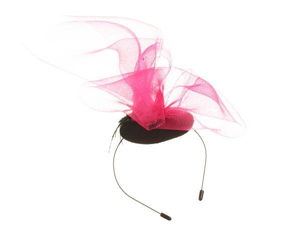 Pink Wave - predominant colour: hot pink; secondary colour: black; occasions: occasion; type of pattern: light; style: fascinator; size: large; material: macrame/raffia/straw; pattern: colourblock; season: s/s 2016