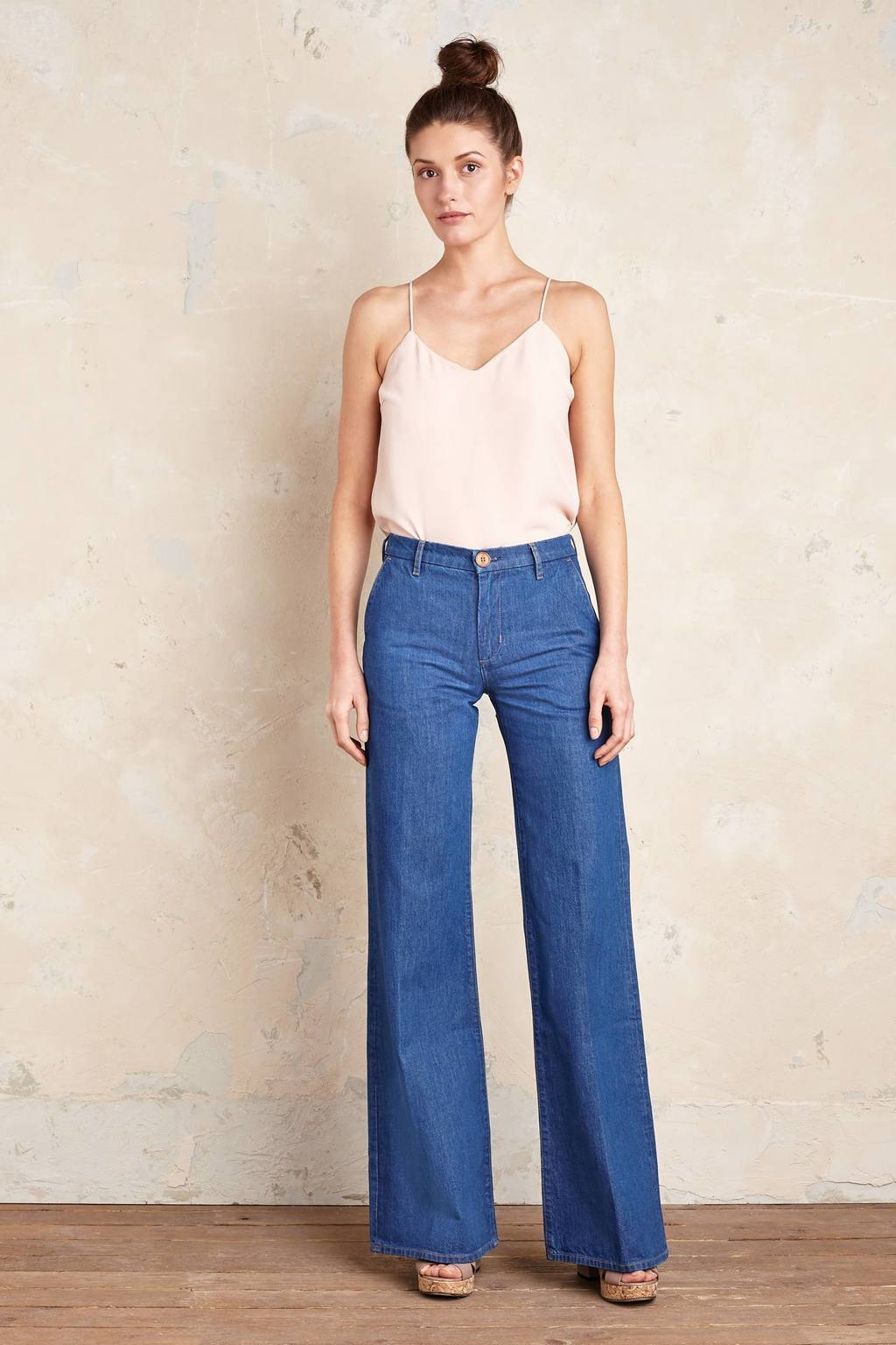 Loom Wide Leg Jeans - length: standard; pattern: plain; waist: high rise; pocket detail: traditional 5 pocket; style: wide leg; predominant colour: denim; occasions: casual, creative work; fibres: cotton - stretch; texture group: denim; pattern type: fabric; season: s/s 2016; wardrobe: basic
