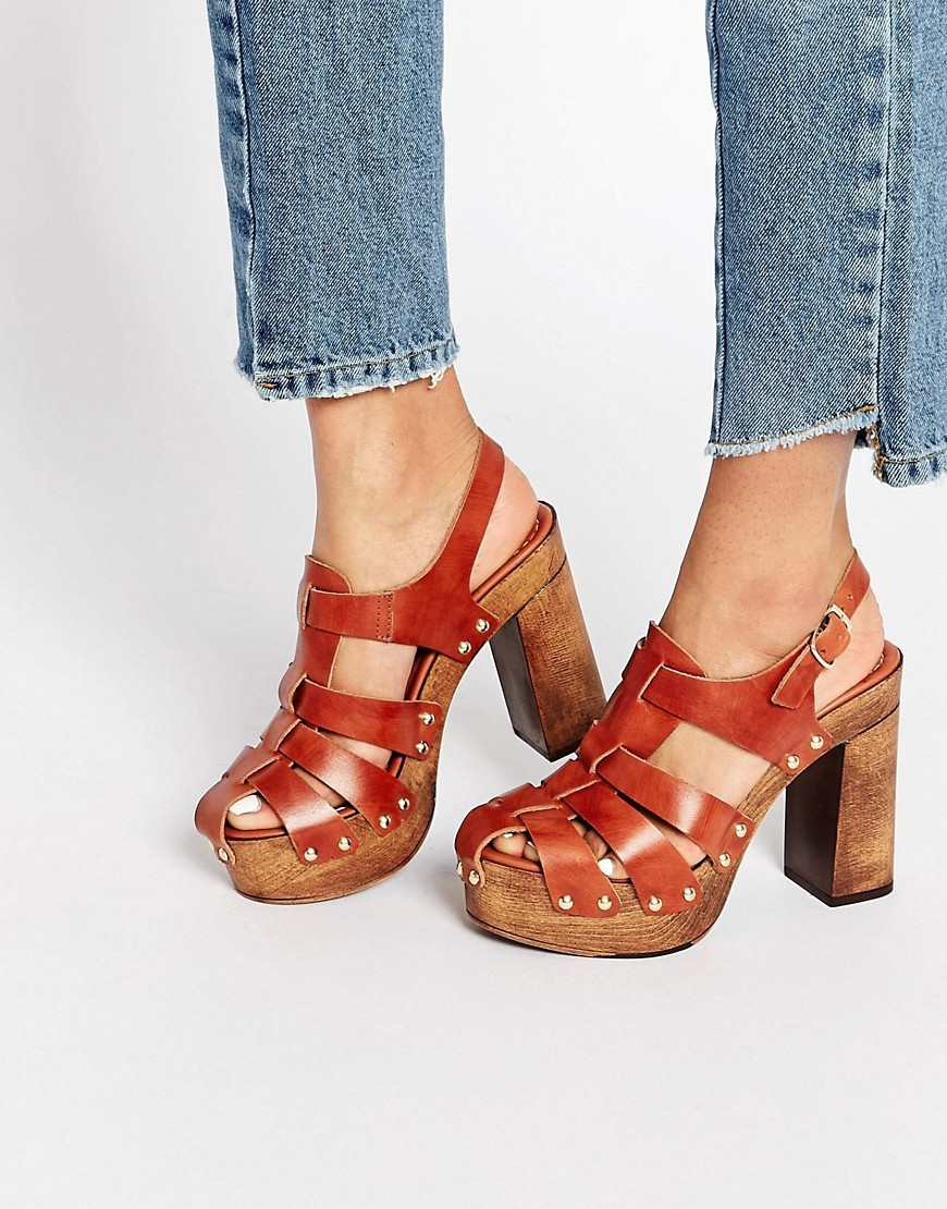 Oklahoma Leather Heeled Clogs Tan - predominant colour: tan; occasions: casual; material: leather; heel height: high; ankle detail: ankle strap; heel: block; style: strappy; finish: plain; pattern: plain; toe: caged; shoe detail: platform; season: s/s 2016; wardrobe: highlight