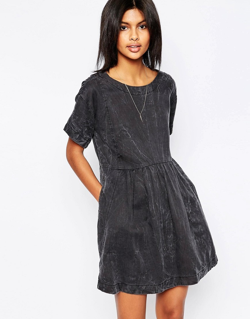 Lorette Lyocell Dress With Marbling Effect 999black - style: smock; length: mid thigh; neckline: round neck; fit: loose; pattern: plain; predominant colour: black; occasions: casual; fibres: cotton - stretch; sleeve length: short sleeve; sleeve style: standard; texture group: denim; pattern type: fabric; season: s/s 2016; wardrobe: basic