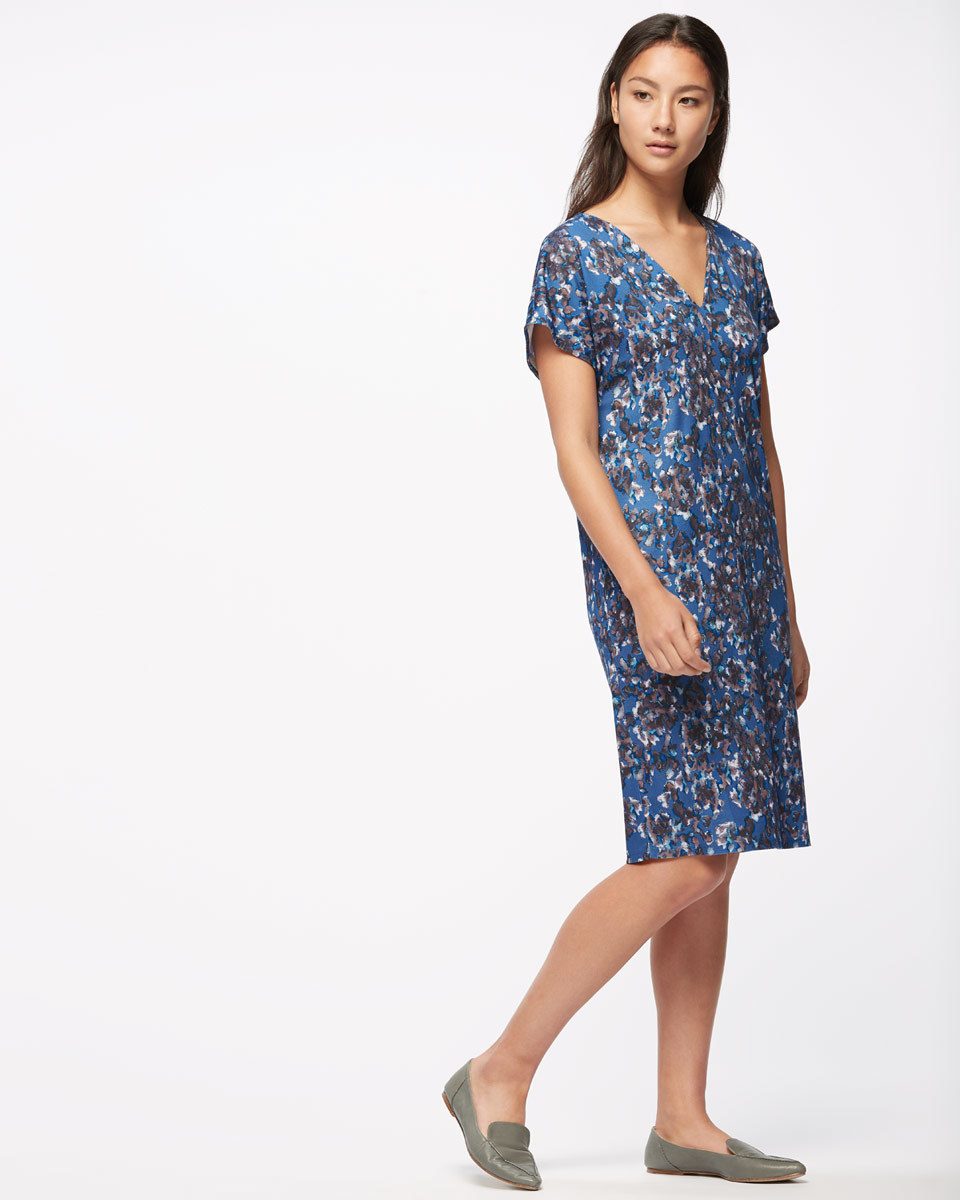 Georgia Flower V Neck Dress - style: shift; neckline: v-neck; predominant colour: navy; secondary colour: charcoal; length: on the knee; fit: body skimming; fibres: viscose/rayon - 100%; sleeve length: short sleeve; sleeve style: standard; pattern type: fabric; pattern size: standard; pattern: patterned/print; texture group: other - light to midweight; occasions: creative work; multicoloured: multicoloured; season: s/s 2016