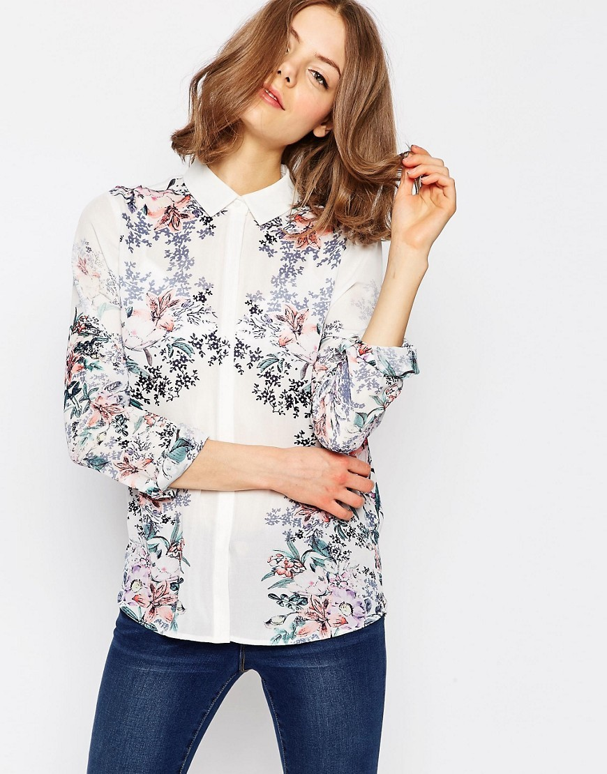 Pretty Floral Mirror Placement Blouse Multi - neckline: shirt collar/peter pan/zip with opening; style: shirt; predominant colour: white; secondary colour: blush; occasions: casual, creative work; length: standard; fibres: polyester/polyamide - 100%; fit: straight cut; sleeve length: 3/4 length; sleeve style: standard; pattern type: fabric; pattern size: standard; pattern: florals; texture group: woven light midweight; multicoloured: multicoloured; season: s/s 2016; wardrobe: highlight