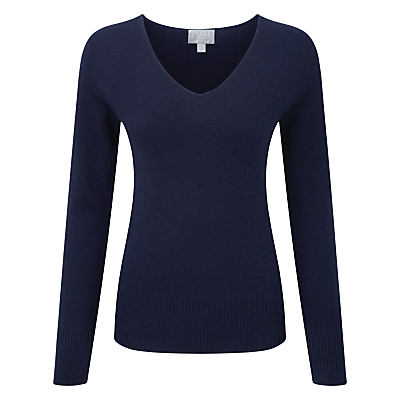 Yasmin Cashmere Fitted V Neck Jumper, Navy - neckline: v-neck; pattern: plain; style: standard; predominant colour: navy; occasions: casual, work, creative work; length: standard; fit: slim fit; fibres: cashmere - 100%; sleeve length: long sleeve; sleeve style: standard; texture group: knits/crochet; pattern type: knitted - fine stitch; season: s/s 2016; wardrobe: investment
