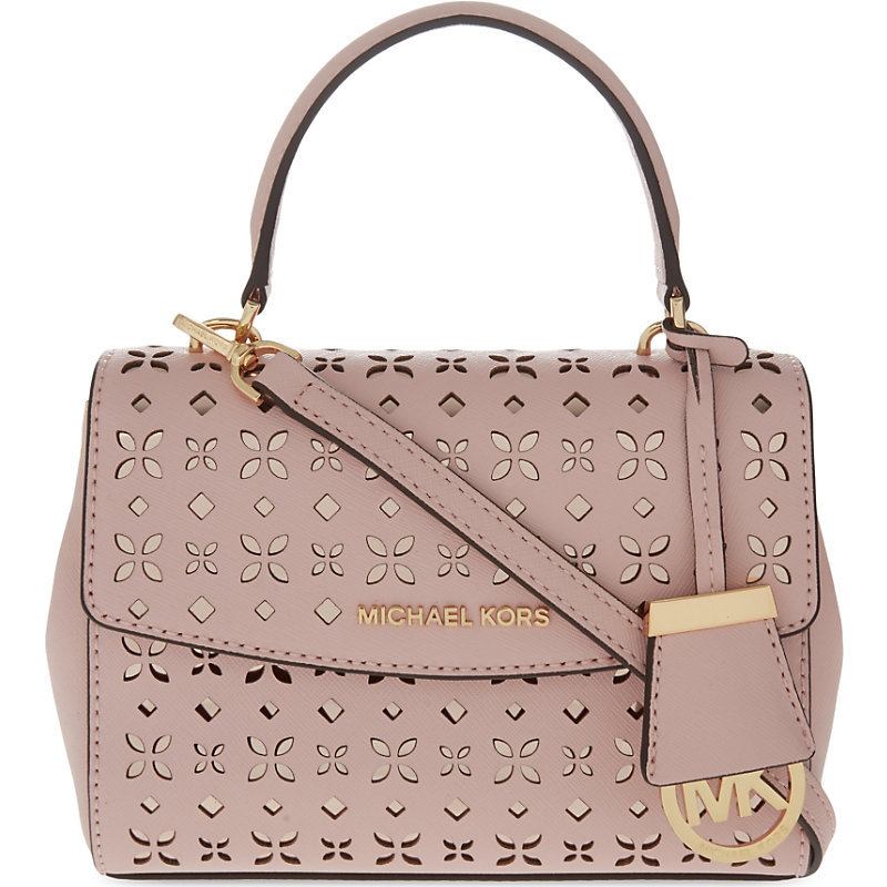 Ava Xs Leather Cross Body Bag, Women's, Blsm/Ballet - secondary colour: gold; occasions: casual, creative work; type of pattern: standard; style: tote; length: handle; size: standard; material: leather; pattern: plain; finish: plain; predominant colour: dusky pink; season: s/s 2016