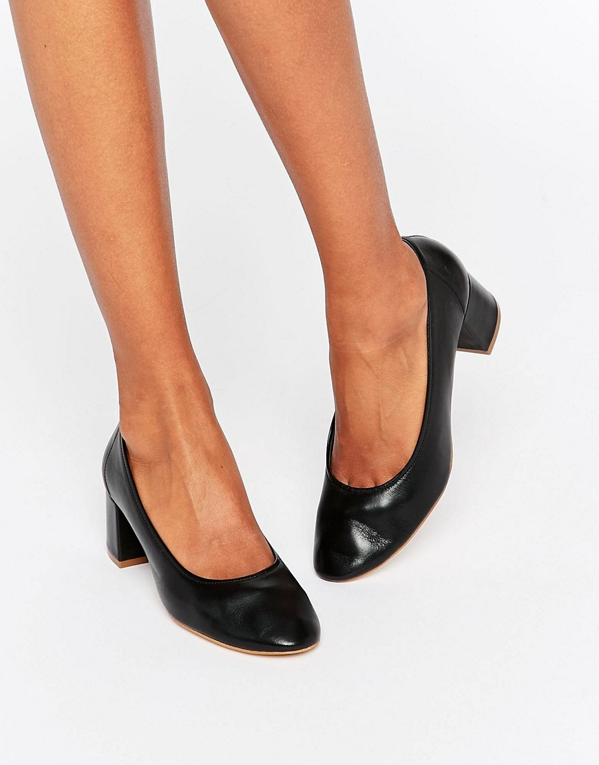 Cassidy Black Leather Mid Heeled Shoes Black - predominant colour: black; secondary colour: black; occasions: work; material: leather; heel height: mid; heel: block; toe: round toe; style: courts; finish: plain; pattern: plain; season: s/s 2016; wardrobe: investment