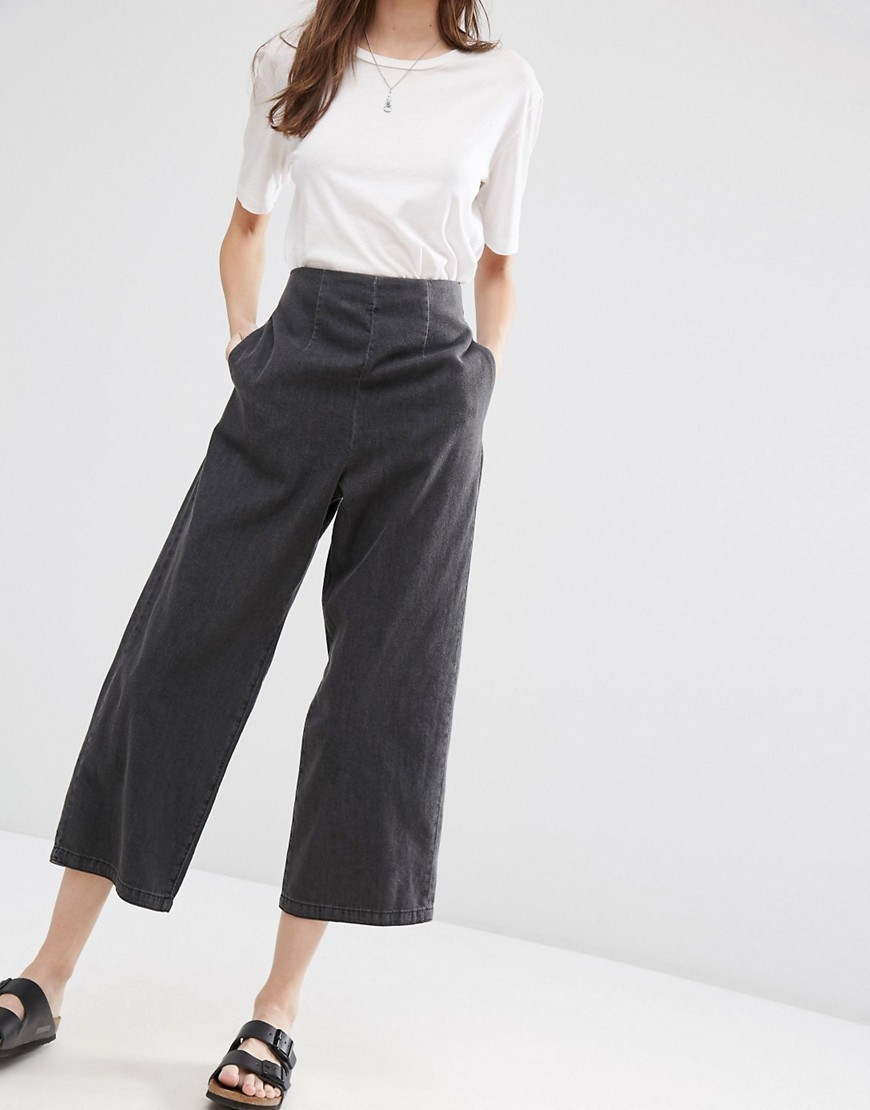 Soft Wide Leg Jeans With Zip Back In Black Black - pattern: plain; waist: high rise; style: wide leg; predominant colour: black; occasions: casual, creative work; length: calf length; fibres: cotton - stretch; jeans detail: dark wash; texture group: denim; pattern type: fabric; season: s/s 2016