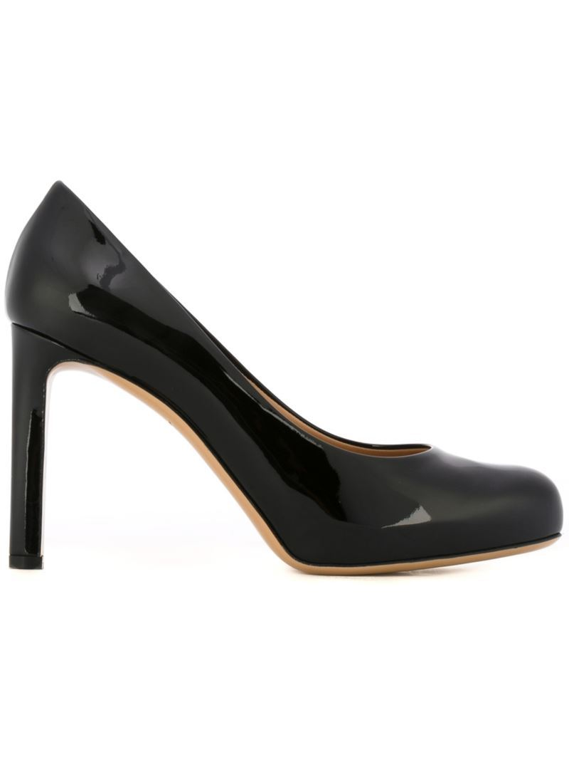 'leo' Pumps, Women's, Black - predominant colour: black; occasions: evening; material: leather; heel height: high; heel: stiletto; toe: round toe; style: courts; finish: patent; pattern: plain; season: s/s 2016; wardrobe: event