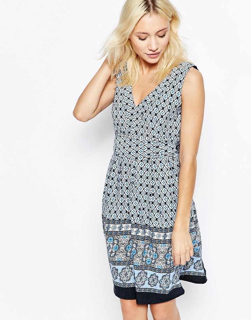 Border Print V Neck Skater Dress With Tie Back Black - neckline: v-neck; sleeve style: sleeveless; predominant colour: pale blue; secondary colour: navy; occasions: evening; length: on the knee; fit: fitted at waist & bust; style: fit & flare; fibres: polyester/polyamide - 100%; sleeve length: sleeveless; pattern type: fabric; pattern: patterned/print; texture group: other - light to midweight; multicoloured: multicoloured; season: s/s 2016