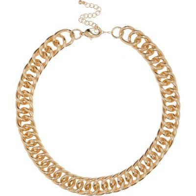 Womens Gold Tone Chunky Chain Necklace - predominant colour: gold; occasions: evening, occasion; length: short; size: large/oversized; material: chain/metal; finish: metallic; season: s/s 2016; style: chain (no pendant)
