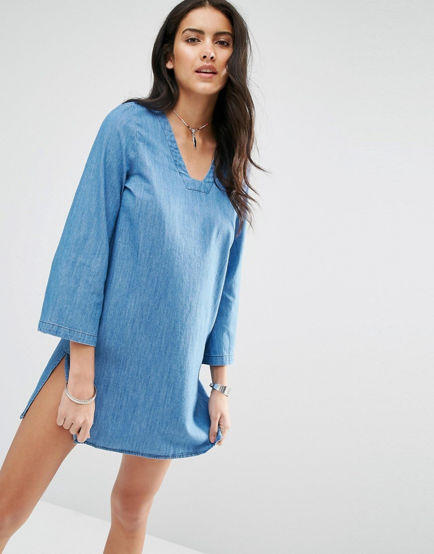 Bell Sleeve Denim Shift Dress Medium Blue Denim - style: shift; length: mid thigh; neckline: v-neck; pattern: plain; predominant colour: denim; occasions: casual; fit: body skimming; fibres: cotton - 100%; sleeve length: 3/4 length; sleeve style: standard; texture group: denim; pattern type: fabric; season: s/s 2016; wardrobe: basic