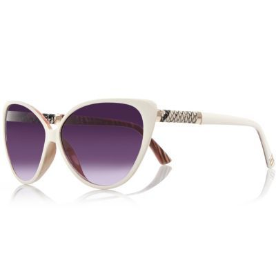 Womens Cream Cat Eye Sunglasses - predominant colour: light grey; occasions: casual, holiday; style: cateye; size: standard; material: plastic/rubber; pattern: plain; finish: plain; season: s/s 2016; wardrobe: basic